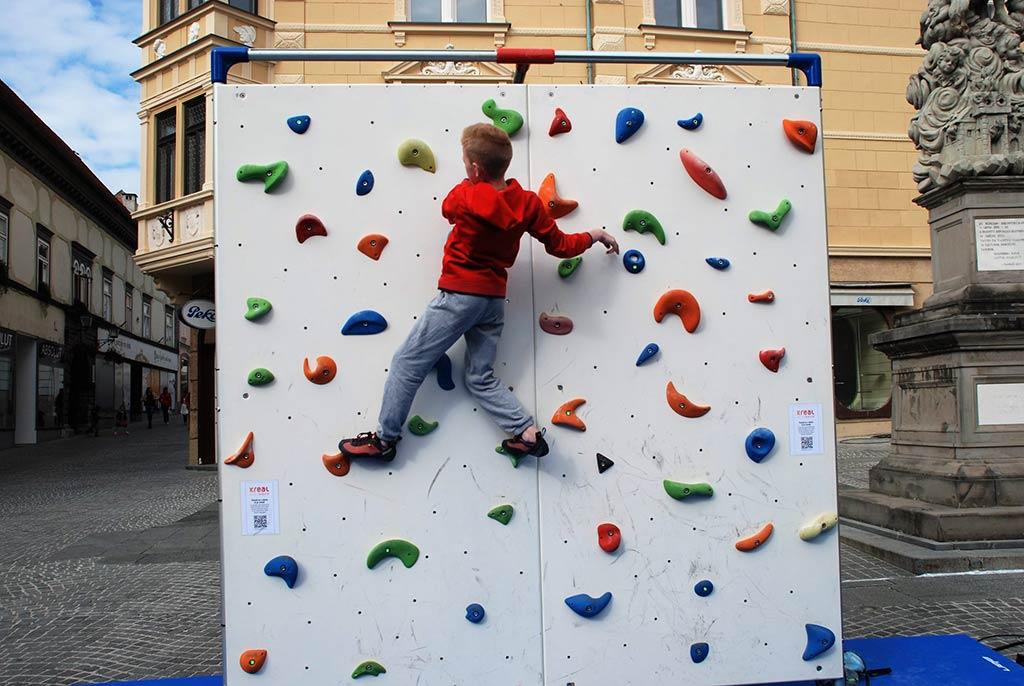 izdelava otroškega igrala plezalne stene